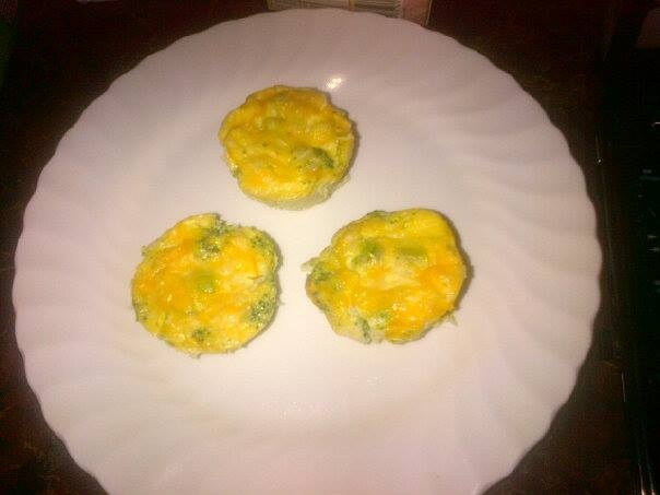 Broccoli, Cheddar, and Egg White Mini Omelettes!