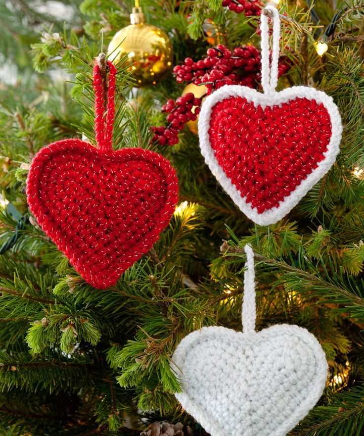 Christmas Love Hearts ~ Got to love the hearts! Make them for your tree, to decorate packages or to hang in other places. Make them for those you love. Color choices are up to you – we just love the Red Hearts!  #redheartyarn
