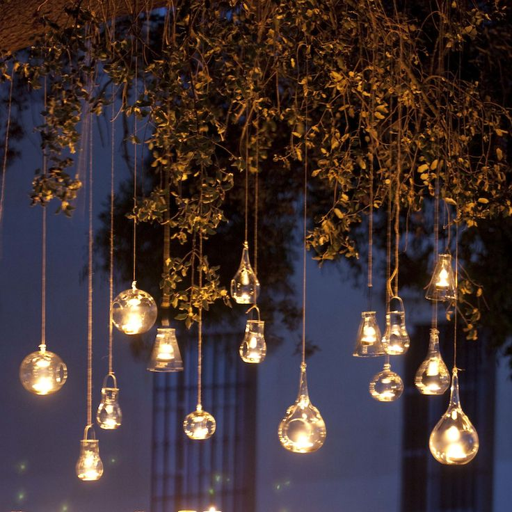 Porta velas de cristal colgante para eventos y decoración. Decoragloba                                                                                                                                                      Más
