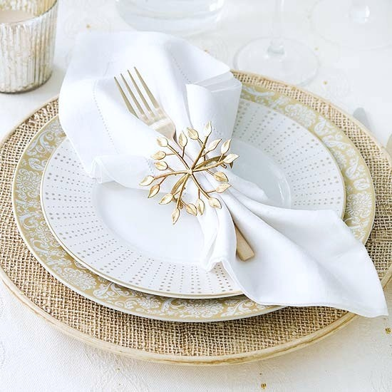 Gold And White Christmas Table Decorations 153 best christmas table images on pinterest | christmas table
