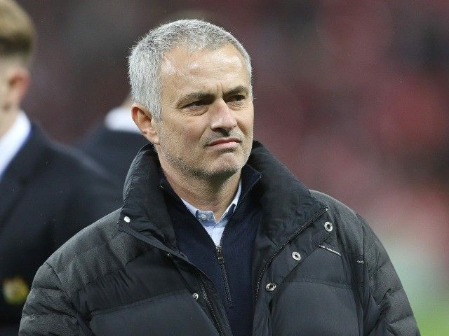"Manchester United's Jose Mourinho describes chances of signing Neymar as ""absurd"""