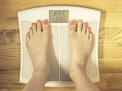 9 Useful Steps To Beat The Winter Weight Gain.  Check it out: http://bestfatburnersdiary.com/steps-to-beat-the-winter-weight-gain/