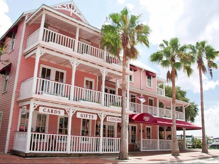 9 Best Beach Hotels in New Smyrna Beach, Florida - loved staying at the Riverview Hotel and at the Inlet!!