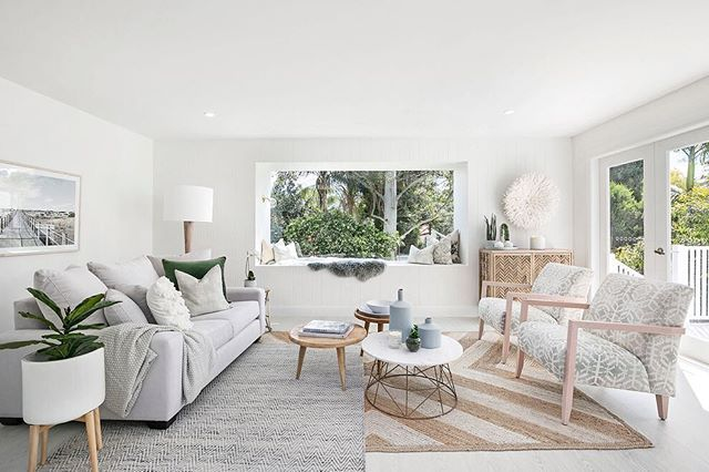 """WEBSTA @ threebirdsrenovations - The extension was only small but made ALL the difference to the design and overall feel of the house.  We kept it really simple so our costs didn't blow out, and used inexpensive glass doors from the local hardware to open up the space! ☀️ #thehillsarealivewithrenofive #eightweekreno   """"Scout Sofa"""", rugs, coffee table, chairs, print and homewares @ozdesignfurniture   Paint """"Snow Drop"""" by @taubmans"""