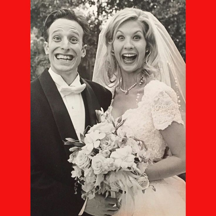 Bodhi Elfman and wife Jenna Elfman on their wedding