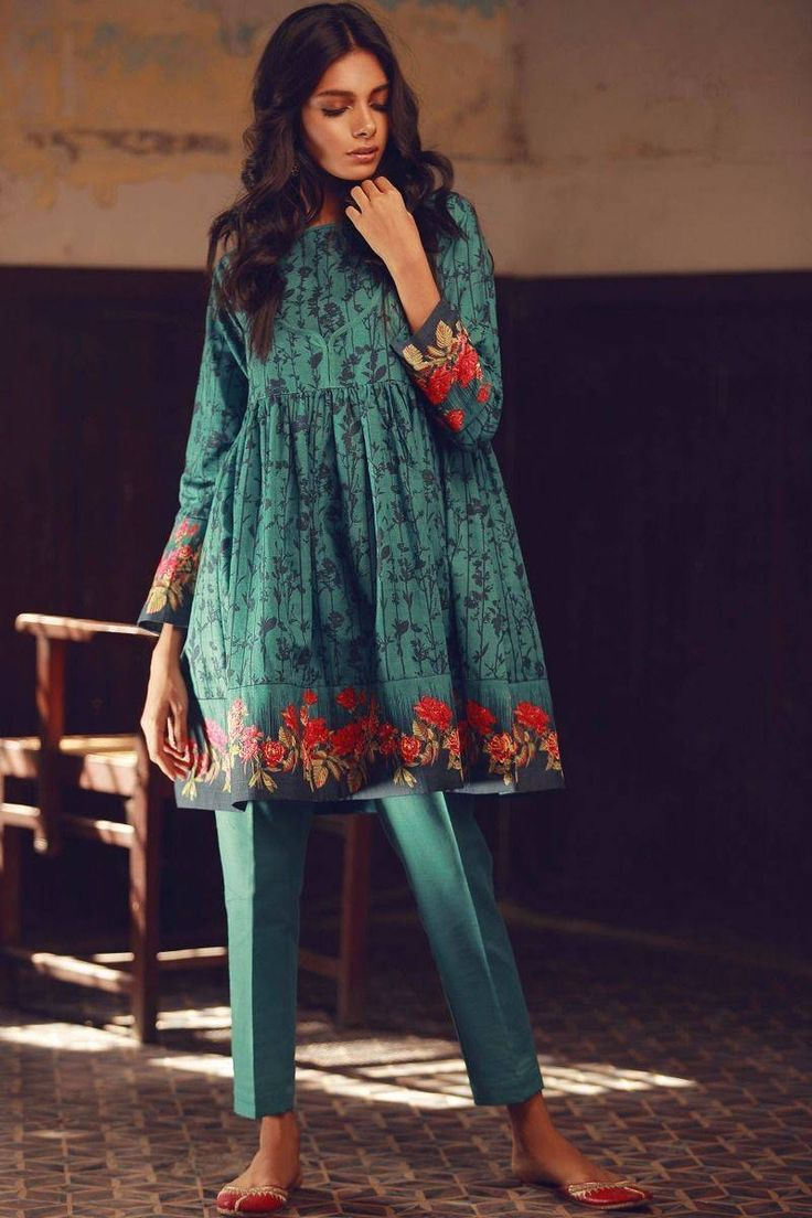 Want to order KJ17609 from Khaadi Winter 2017/18 Collection? What Zara Wears has you covered! Pre-order this suit and more from Khaadi's latest collection online in the UK now!