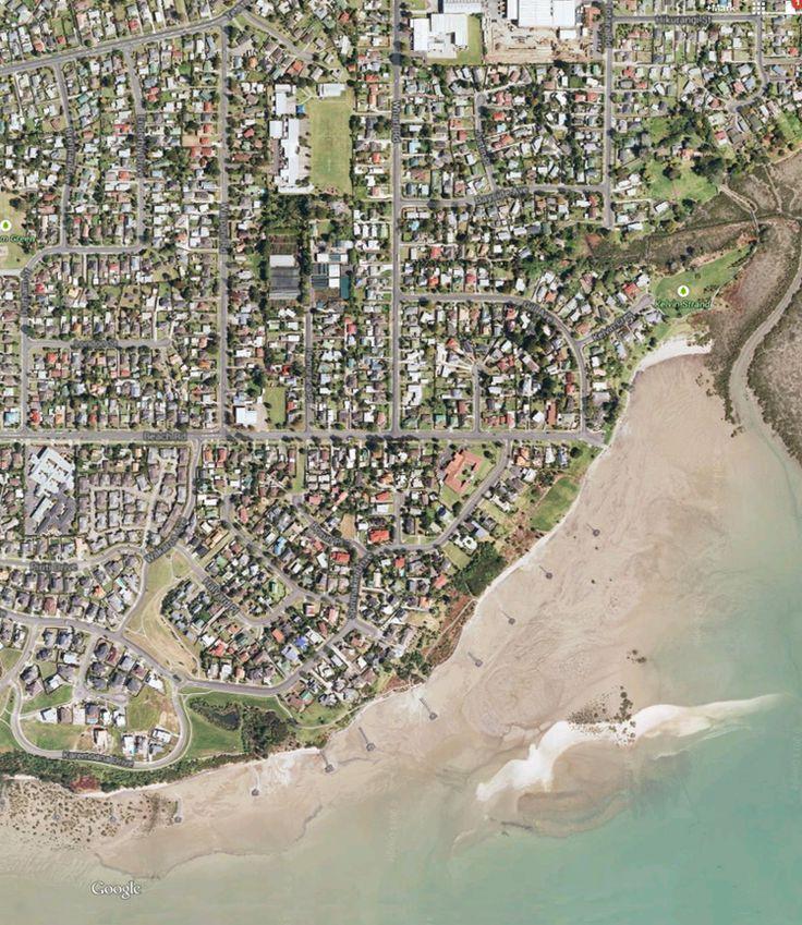 2013 Aerial view of Beach Rd, Te Atatu Peninsula. Online history on the Te Atatu Businessmens Association website.
