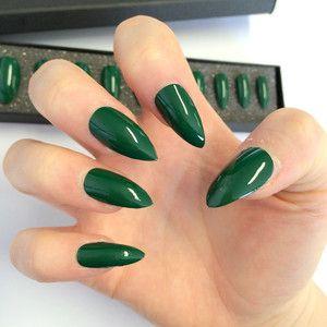 028 Doobys Stiletto - Emerald Gloss / Gel Look - 24 Pointy Claw Nails Dark green Stiletto