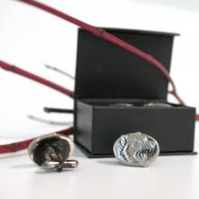 Tasmanian Devil Cufflinks  Add a touch of class and dress up that shirt with these uniquely Australian cufflinks. Crafted by a family in Tasmania, they are created from solid pewter and are of high quality. Perfect for a gift or simply a celebration of Australian fauna they are indeed that special feature for anyone's outfit.