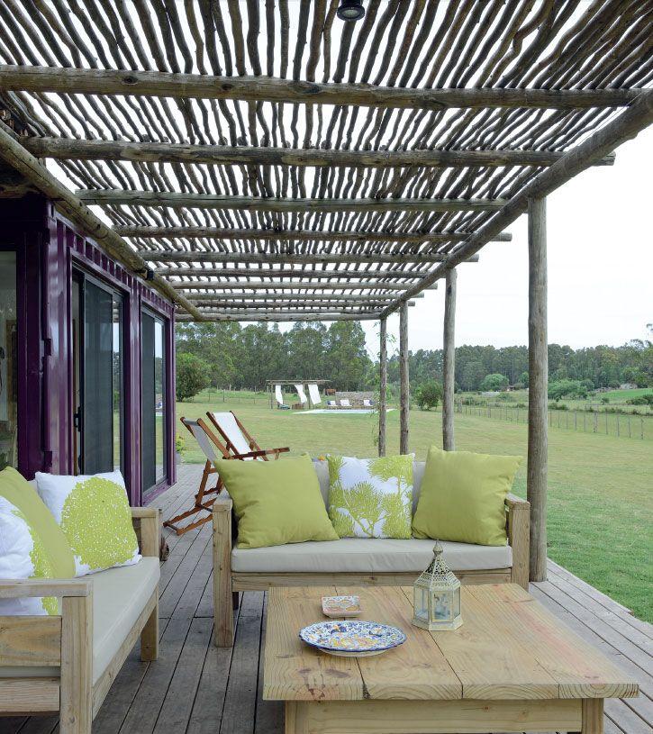 Best 25 casas de troncos ideas on pinterest bancos de - Pergolas de troncos ...