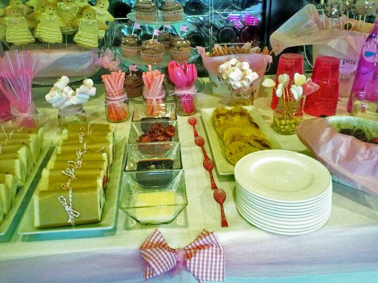 Si quieres celebrar una comunión, cumpleaños o bautizo con un toque especial ¡Mira que mesa más divertida!   http://www.restauranteeustaquio.es/eventos #eventos