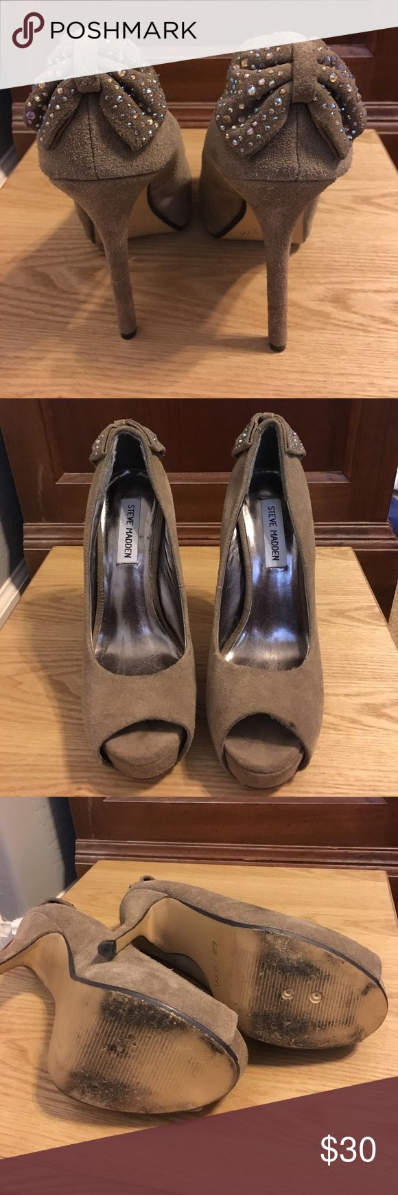 Suede Steve Madden high heels I've only worn these a few times but they got scuffed up, need some cleaning, but still in good condition. They are a grey champagne color. Steve Madden Shoes Heels