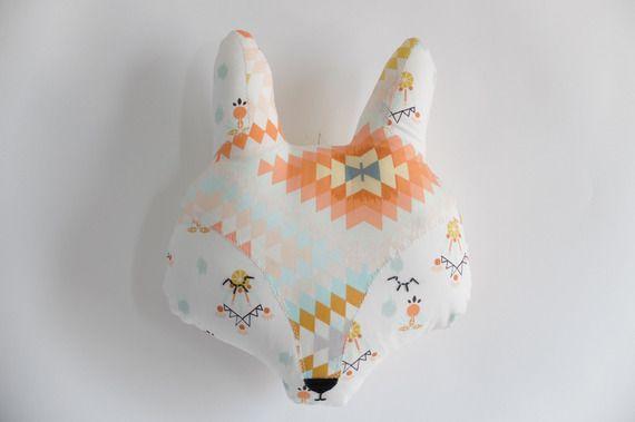 Coussin tête de renard décoratif, Petit renard apprivoisé. A accrocher au mur.