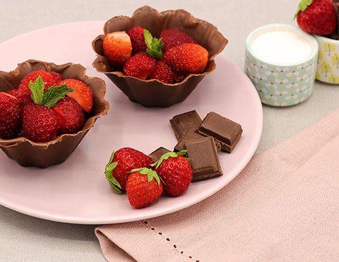 Recette gourmande Corbeille en chocolat et aux fraises Mon Assiette Locale livraison de courses à domicile en vélotriporteur