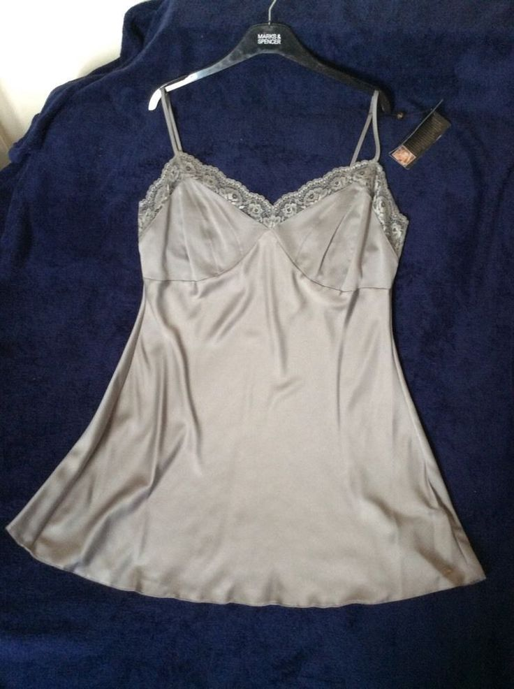 M&S ROSIE AUTOGRAPH LUXURY FEEL ladies night dress with French Lace UK22 BNWT