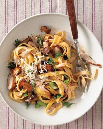 Hearty and creamy, this pasta is rich but not heavy. It's made with boneless chicken breast and cremini mushrooms, plus celery and parsley for crunch and color.