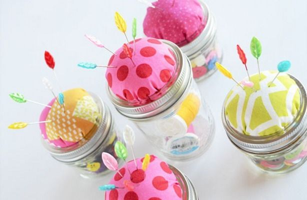DIY Mason Jar Crafts: Homemade Gifts For The Holidays#slide=1874607