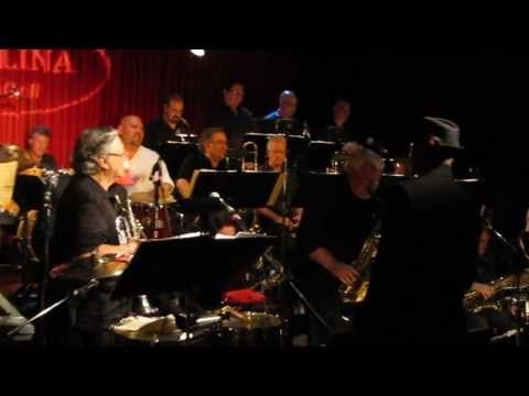 "Jon Barnes peforms ""Bebop"" jazz music at the Arturo Sandoval night at the Catalina Jazz Club"