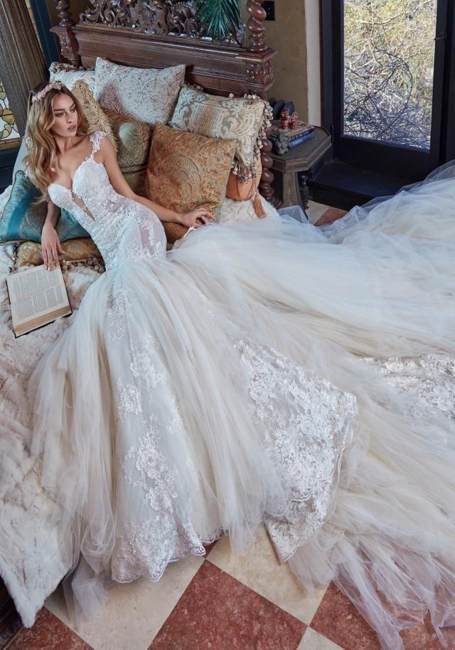 Rihanna - Galia Lahav | Vestidos de novias | Pinterest