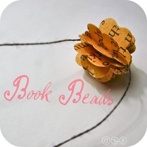 Beautiful book beadsOld Book, Book Beads, Beads Tutorials, Paper Flower, Book Pages, Christmas Trees, Paper Beads, Crafts, Recycle Book