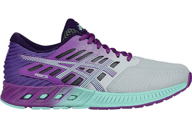 Asics fuzeXLaunched this February 1, the brand new fuseX line of sneaks from Asics comes with a special shock-absorbing gel added to the midsole material to absorb shock and help propel you forward, per a press release from the company. Sure, that may sound a little too good to be true, but these bad boys definitely add some color to your gym wardrobe. #refinery29 http://www.refinery29.com/running-shoes#slide-3