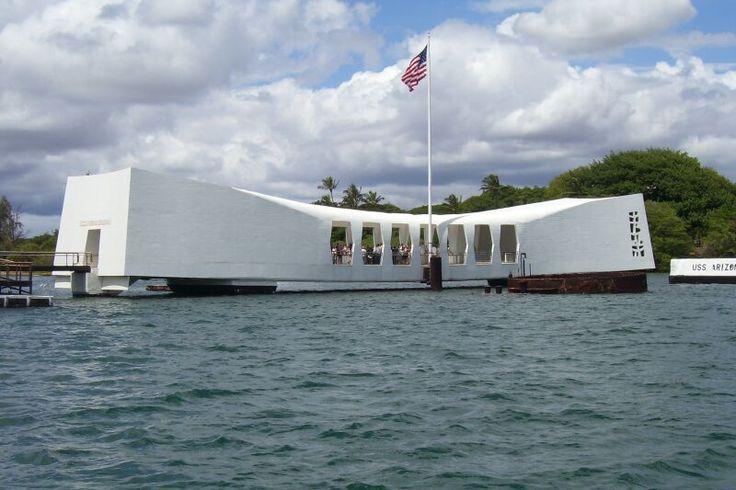 Arizona Memorial. Pear Harbor Hawaii.