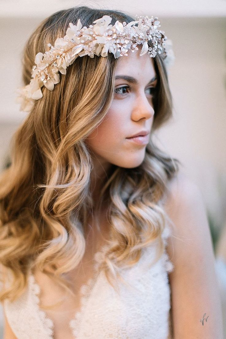 Bridal Waves Headpiece - Photo by Fabijan Vuksic
