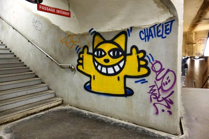 Street Art : M. Chat égaye les couloirs en pleine rénovation de la station Châtelet | ParisianShoeGals