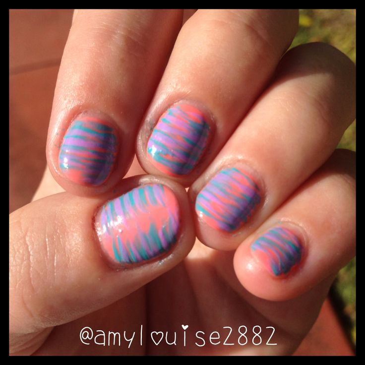 Products Used: Gelicious 'Electric Melon' and a blue striper brush :)