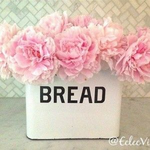 Enameled Bread Box from paintedfoxhome.com