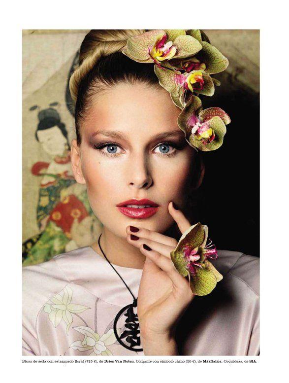 NOIR FAÇADE - Asia Fashion Oriental | Hana Soukupova by Pascal Chevallier for Elle España March 2011