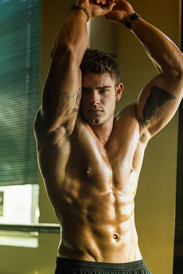 JESUSGOD this man is beautiful! Original Caption: Colin Wayne- Model, Trainer, Gymspiration.