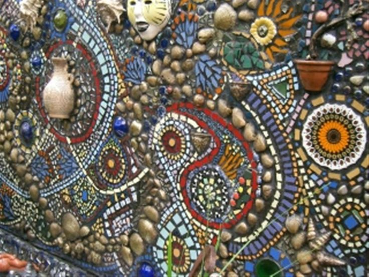 Mosaic garden wall mosaic outdoors pinterest for Garden mosaic designs