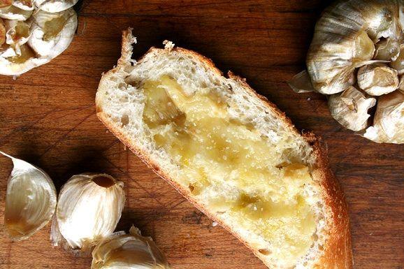 Piure de usturoi copt http://www.dietetik.ro/piure-de-usturoi-copt/6893.html