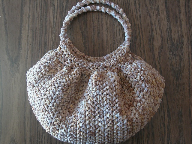 Free Crochet Pattern Fat Bottom Bag : Pin by Mutia Razali on Crochet Addicted Pinterest