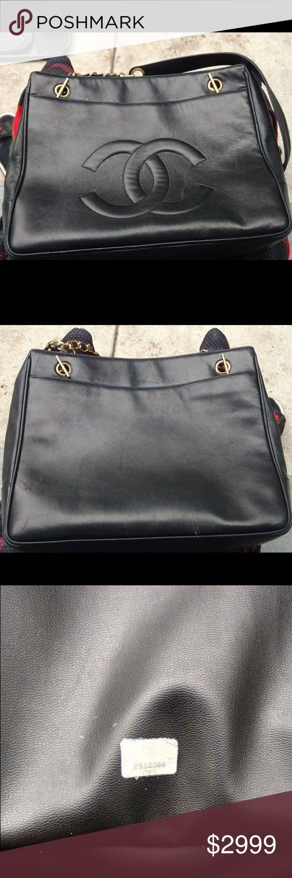 🎉RARE🎉Vintage Chanel blk lambskin shopping tote authentic CHANEL Vintage Lambskin Quilted Shopper Tote in Black.  This stylish vintage tote is crafted of luxuriously soft lambskin leather with a patch pocket on the face and rear. The bag features tall shoulder straps with gold chain link at the base and smooth leather shoulder pads. This is an excellent condition.  Minor scuffs on the bottom that can be conditioned.   Zipper pocket inside and on the opposite side just an open pocket…