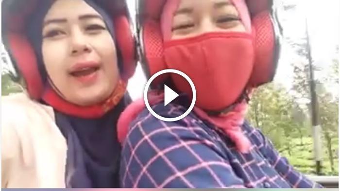 Gubrak! Video Selfie Wanita Cantik di Atas Motor Ini Berujung Menyakitkan