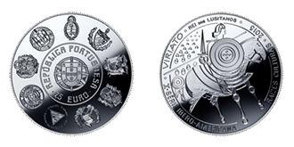"""Moeda de coleção – """"Viriato"""" e moeda corrente comemorativa – """"150.º Aniversário da Cruz Vermelha Portuguesa""""  O Banco de Portugal informa que, a partir de 15 de abril de 2015, irá colocar em circulação uma moeda de coleção, em liga de cuproníquel, com o valor facial de 7,50 €, designada «Viriato», integrada na série """"Ibero-Americana"""", e uma moeda corrente comemorativa, com o valor facial de 2 €, designada «150.º Aniversário da Cruz Vermelha Portuguesa»."""