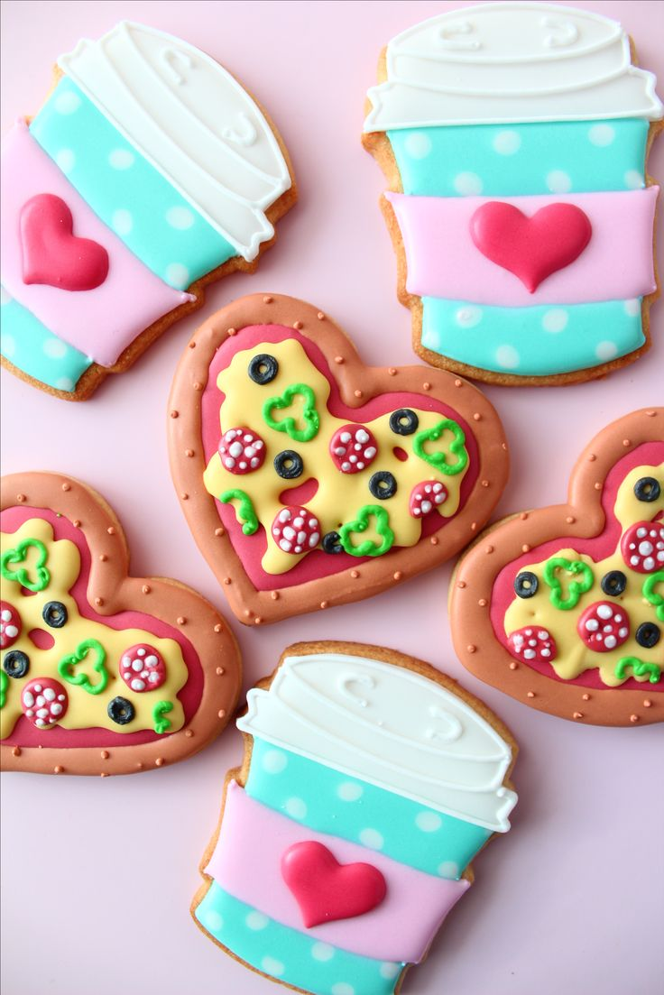 freaking adorable heart pizza cookies.