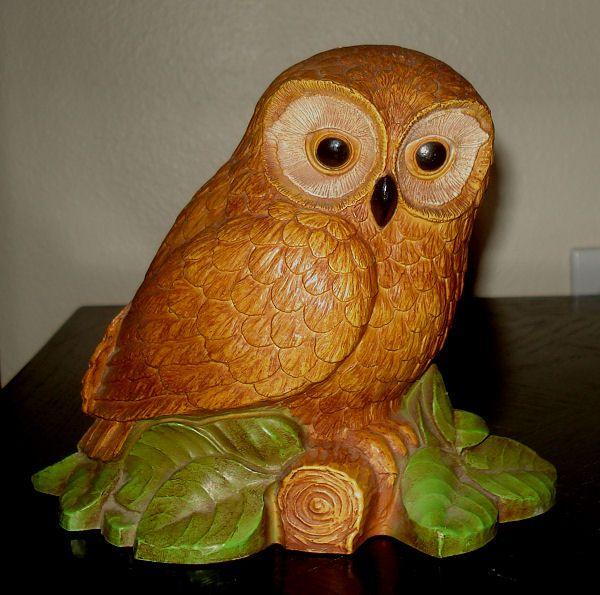 Superb Vintage Brown OWL Figurine Hard Plastic/Resin/Cork Collectible Art Display  Decor