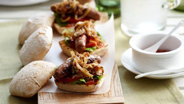 Mushroom and onion sausage buns recipe - 9Kitchen