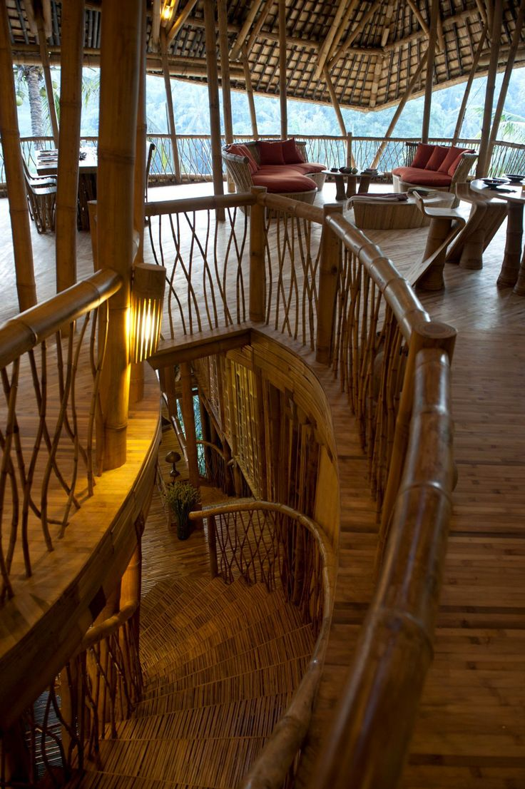 Village de bambou par le designer Elora Hardy