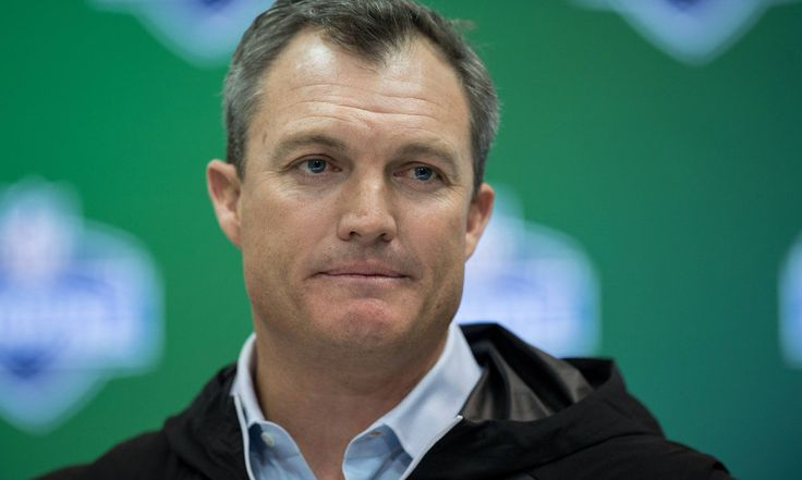 """49ers' John Lynch says 2017 QB draft class is getting 'bad rap' = New San Francisco 49ers general manager John Lynch is leaving no stone unturned when it comes to the top quarterbacks in the 2017 NFL Draft. He also believes that the class as a whole is getting a bad reputation about its potential. """"As I started to study these guys, I thought they were getting a bad rap,"""" Lynch told NFL.com, per Rotoworld. """"They each have….."""