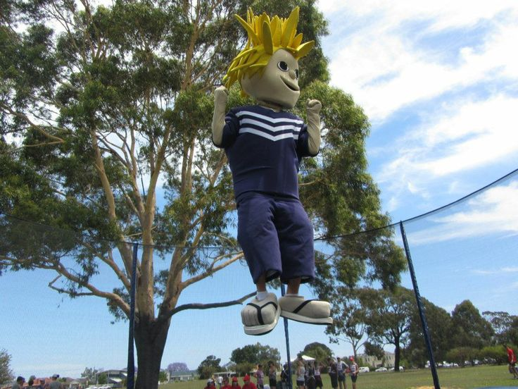 Johnny Docker from the Freo Dockers came for a bounce on our jumbo 16ft trampoline!   The Great Strides Walkathon for Cystic Fibrosis WA. A great day! We were very pleased to be involved. www.jumpstar.com.au