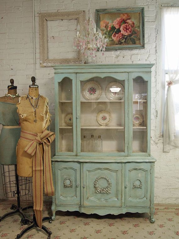 Green Vintage China Cabinet: Kitchens Hutch, Shabby Chic, Colors, Paintings Cottages, Vintage Kitchens Cabinets, Vintage China Cabinets, Aqua, Capes Cod, Shabby Vintage