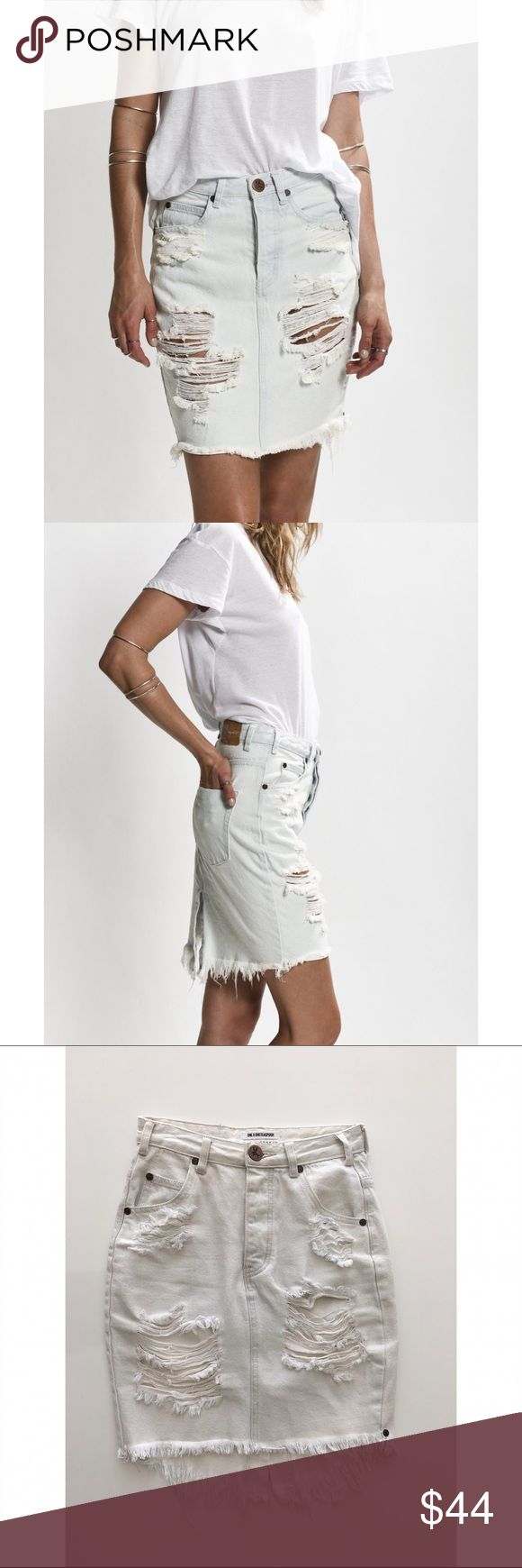 One Teaspoon Le Creme 2020 Distressed Skirt 2020 is a mid to high waist super slim fit mid length pencil skirt. Feminine curved raw hem with split at centre back. Mostly heavily distressed through the front panels exposing the pocket lining but can vary depending on the wash. Pre-shrunk classic 5 pocket style with a signature bird button closure. 12 oz Rigid Denim Mid to high waist Slim pencil style La Creme is a classic super bleached light cream wash with authentic distressing. One…