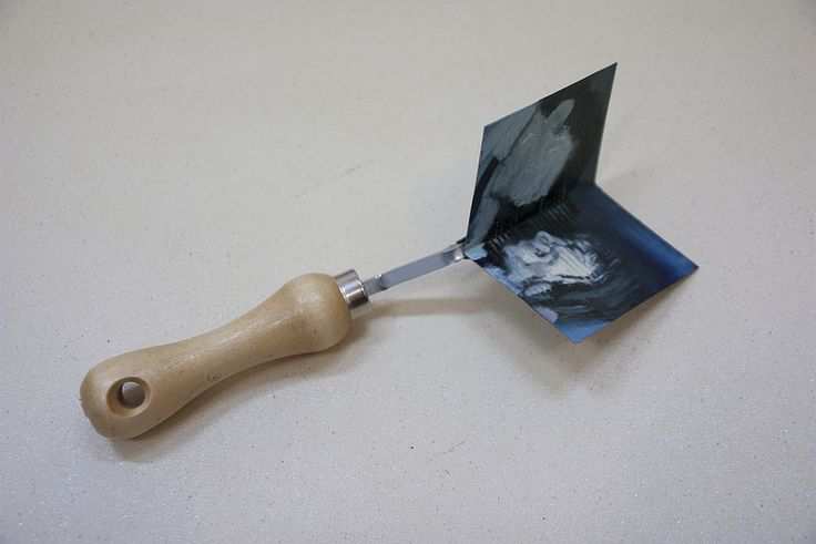 Heal Thyself II  Artista: Bartosz Beda, óleo sobre metal, 2014  Artist: Bartosz Beda, oil on metal, 2014 (300dpi)  #art #arte #contemporaryartwork #pintura #paint #bac #dibujo #drawing