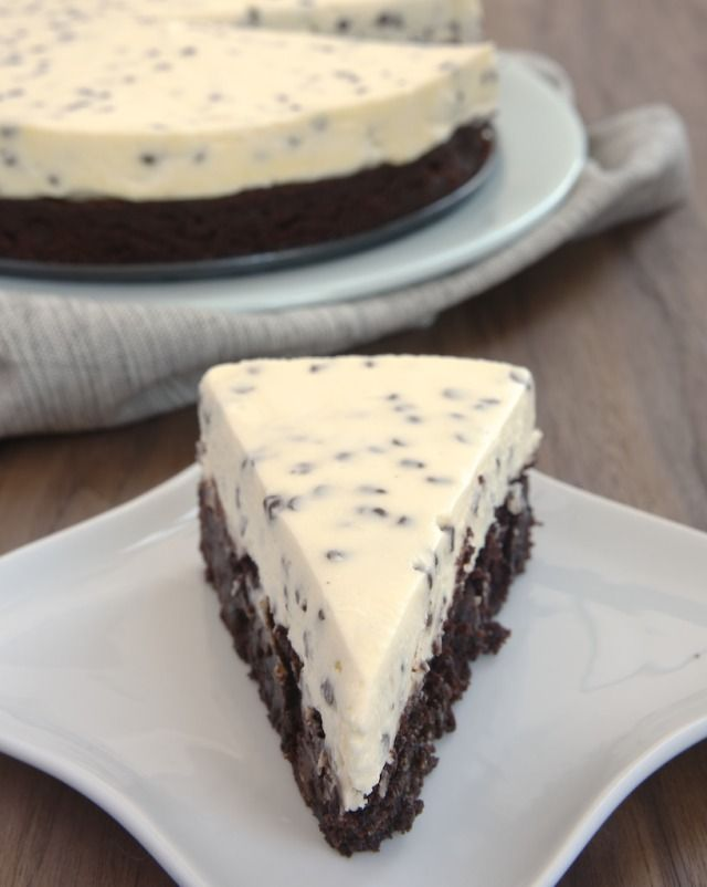 Chocolate Chip Cheesecake with Brownie Crust ~ http://www.bakeorbreak.com