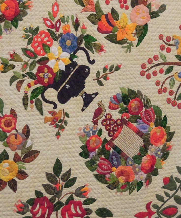 close up, Gorsuch Family Album Quilt c. 1940 Revisited by Margo Hardie.  2013 Houston IQF, photo by Quilt Inspiration