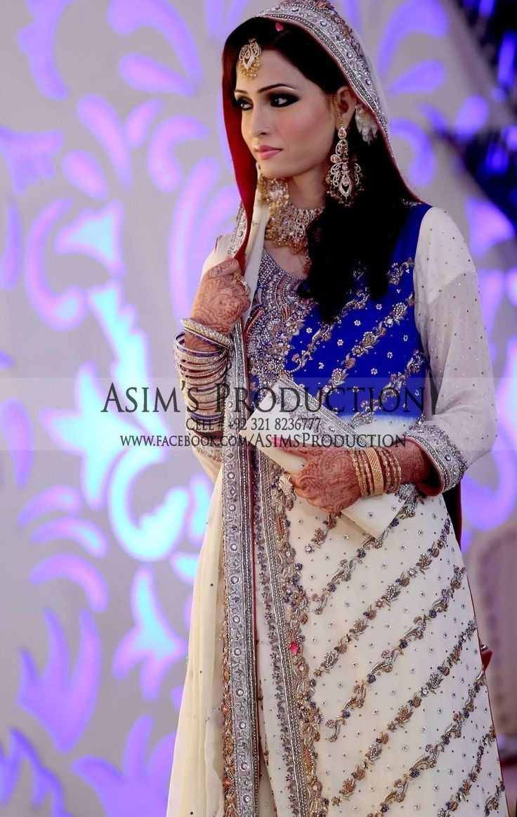 Blue and whiteeee! #Pakistani #Bride